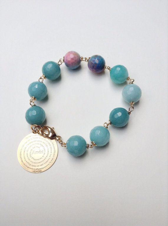 161378420fa6 Pulsera de jade azul con Dije de Oro laminado con Oracion del Padre  Nuestro