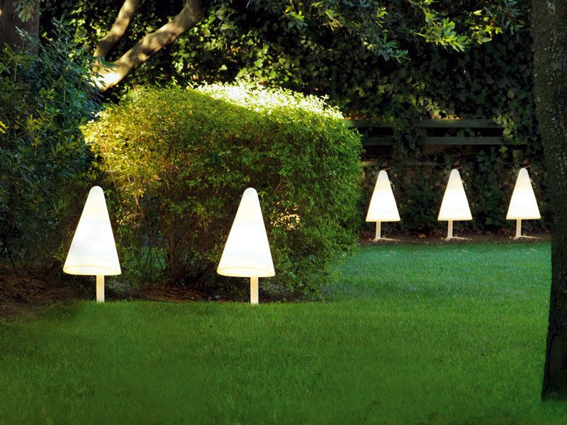 14 ideas para iluminar el jardín Pinterest Luz tenue, Jardín y
