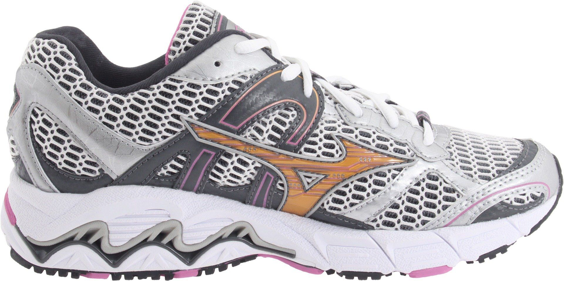 215db6e80f417 Mizuno Women's Wave Alchemy 11 Running Shoe, White/Gold/Black, 6 M ...
