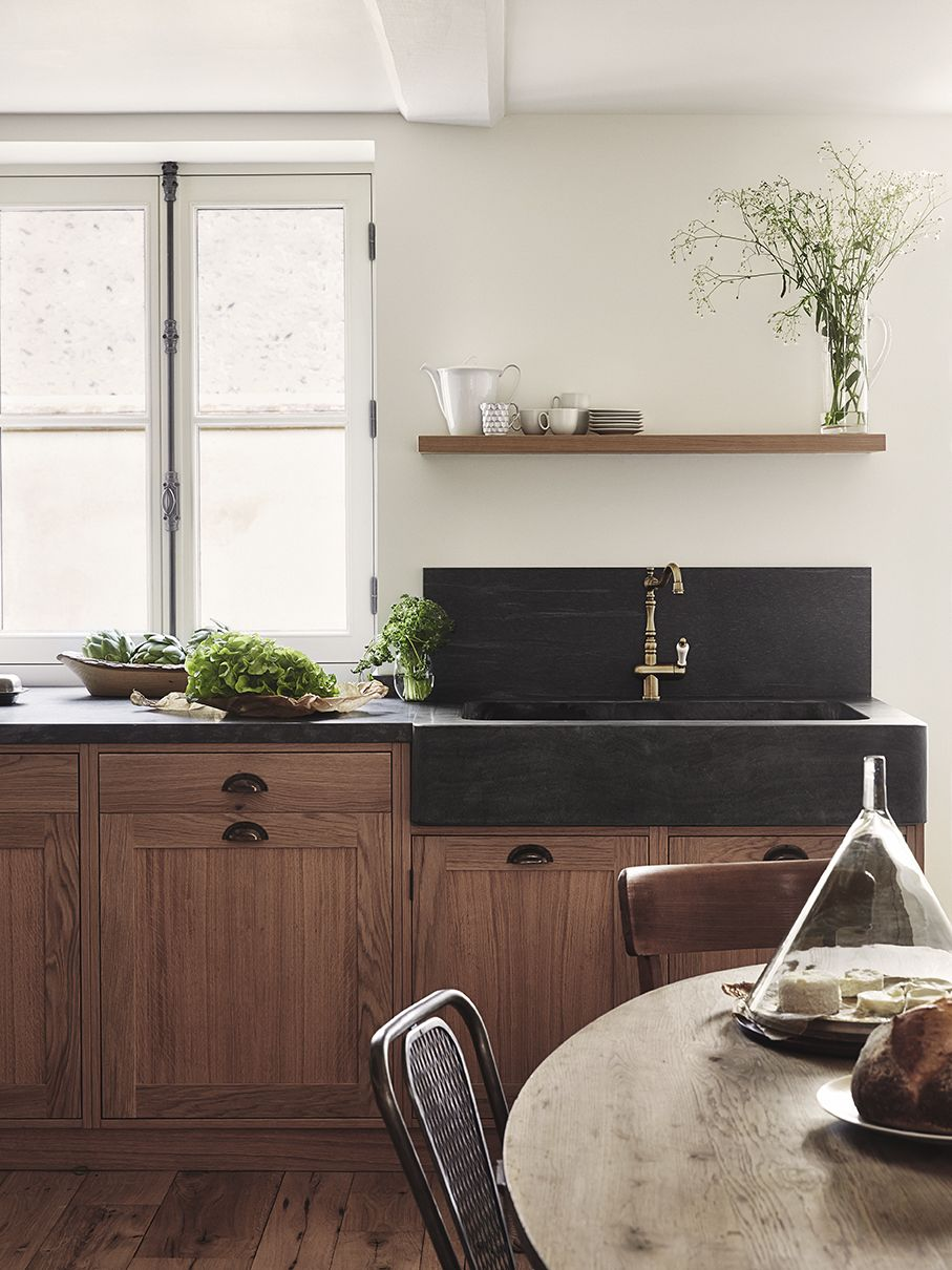 Stunning Black Concrete Farmhouse Sink With Walnut Cabinets Rustic Kitchen Design Kitchen Sink Decor Black Farmhouse Sink