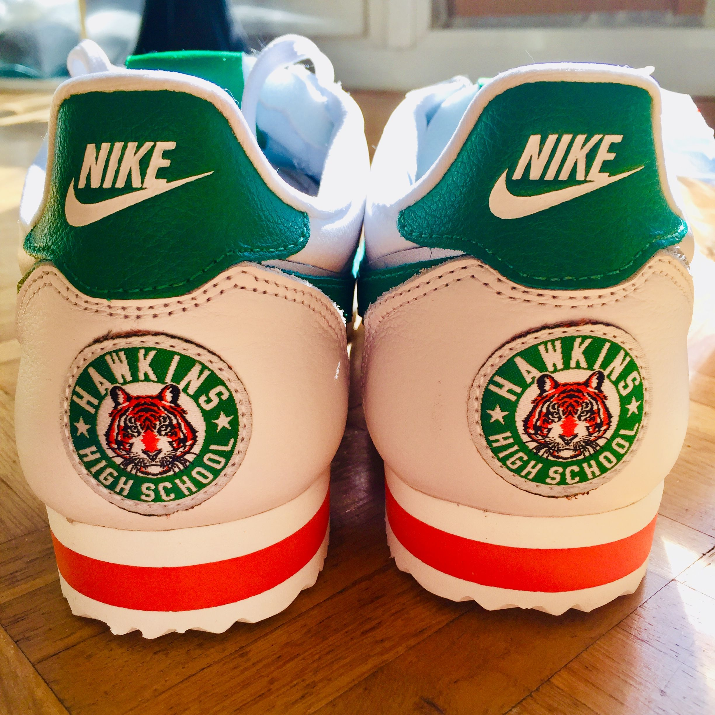 Lejos Paralizar Correa  New one - Nike X Stranger Things Cortez #nikecortez #strangerthings  #hawkinshigh #kicksoftheday #kicksonfire #sneakers #sneakersa… | Sneakers,  Sneakers addict, Nike