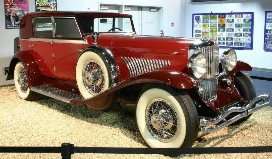 1930s cars  1930 Duesenberg Model J  Voertuigen  Pinterest