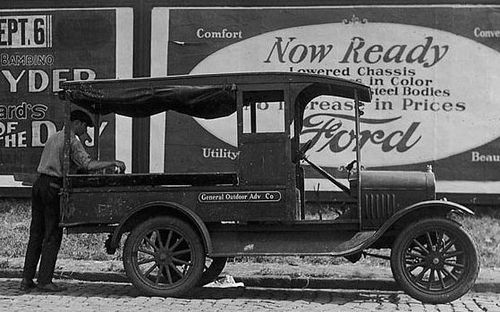 ◆1920 Ford Model T Truck Owned By General Outdoor Advertising◆