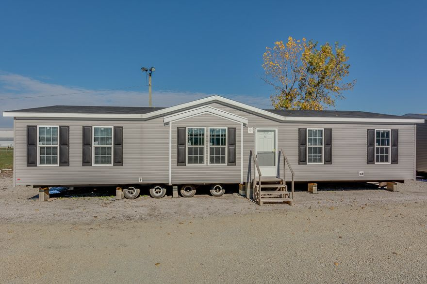 Barton 28 X 56 1493 Sqft Mobile Home Our Topeka In Sales Center Delivers Finely Built Mobile Homes To Indiana Mobile Home Mobile Homes For Sale Home Center