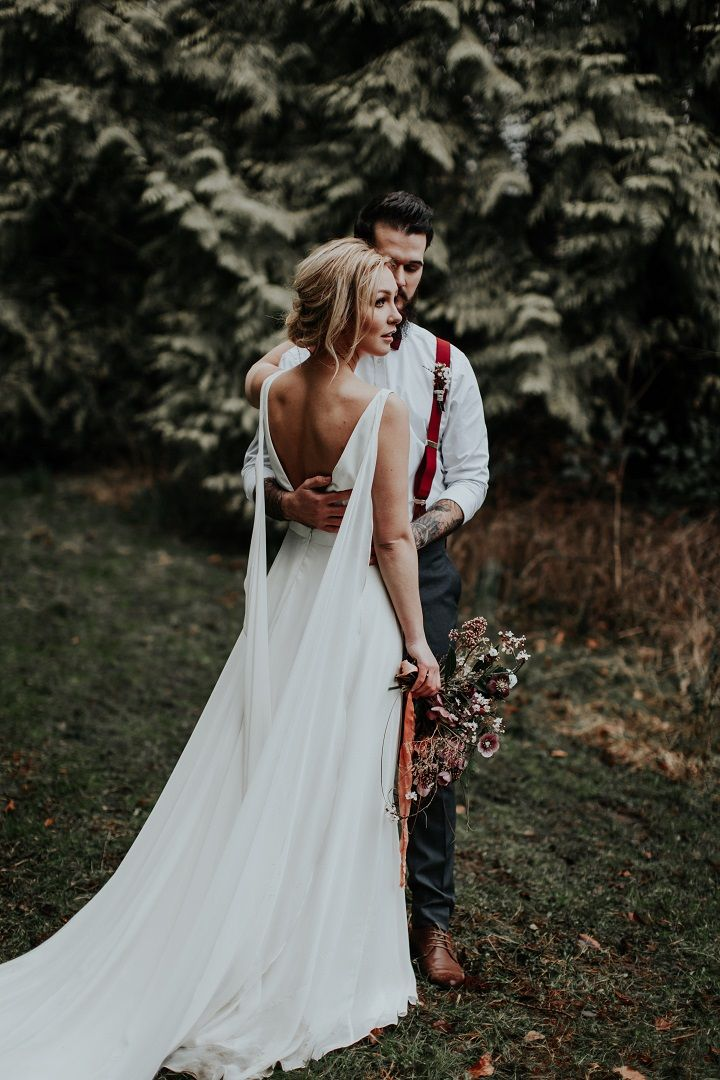 Bride and groom | woodland wedding shoot | fabmood.com #wedding #woodlandwedding #weddingstyle