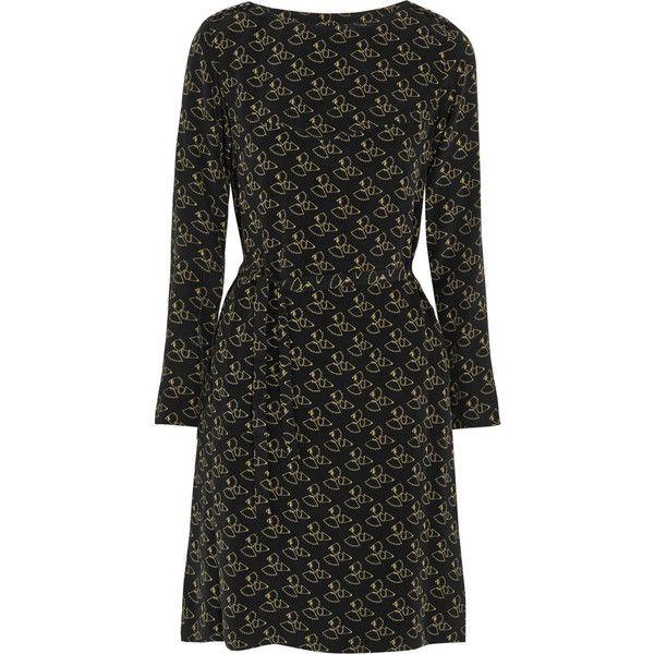 A.P.C. Atelier de Production et de Création Carole printed silk crepe... (4.015 NOK) ❤ liked on Polyvore featuring dresses, silk print dress, crepe de chine dress, a.p.c dress, slim fit dress and sleeve dress