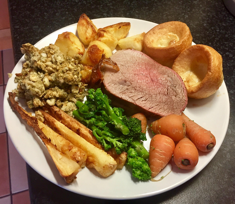 homemade British beef roast dinner #recipes #food # ...