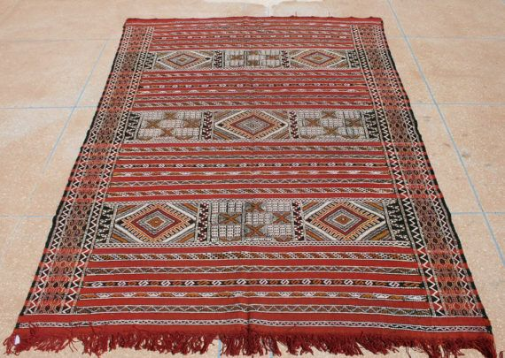 rug wall hanging. kilim rug, red area rug 6x8, moroccan tapestry wall hanging, carpet hanging t