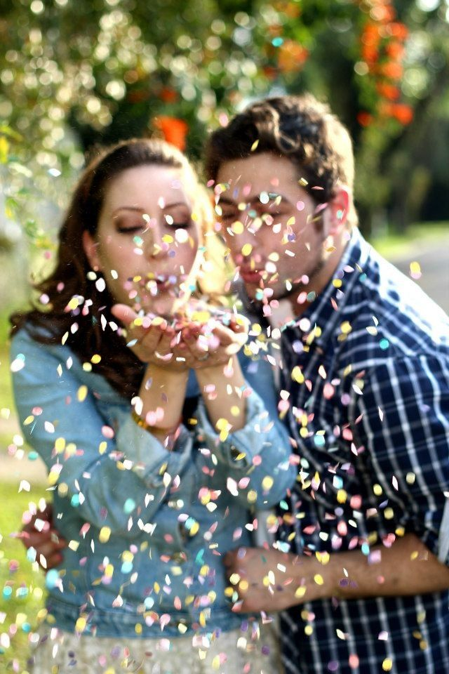 a1217c851 Bodas de papel Paper Ensaio casal Cadu Silvério Ju Friedrich | Casal | Pre  wedding photoshoot, Wedding photoshoot e Wedding Photography