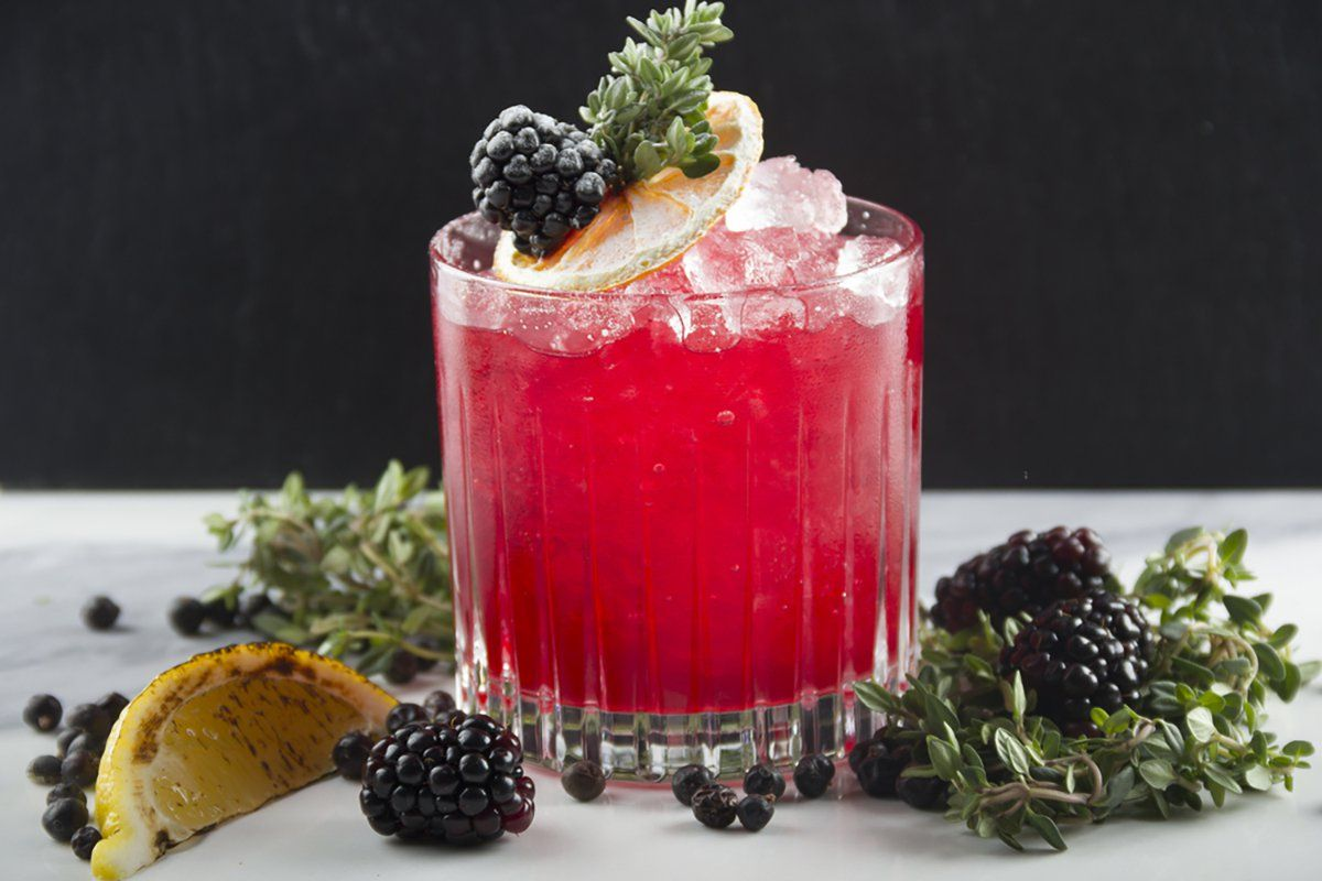 The Perfect Summer Drink That Your Grandma Has Known About All Along Perfect Summer Drink Summer Drinks Shrub Recipe