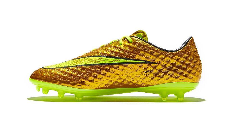 Nike Launch Gold Neymar Hypervenom