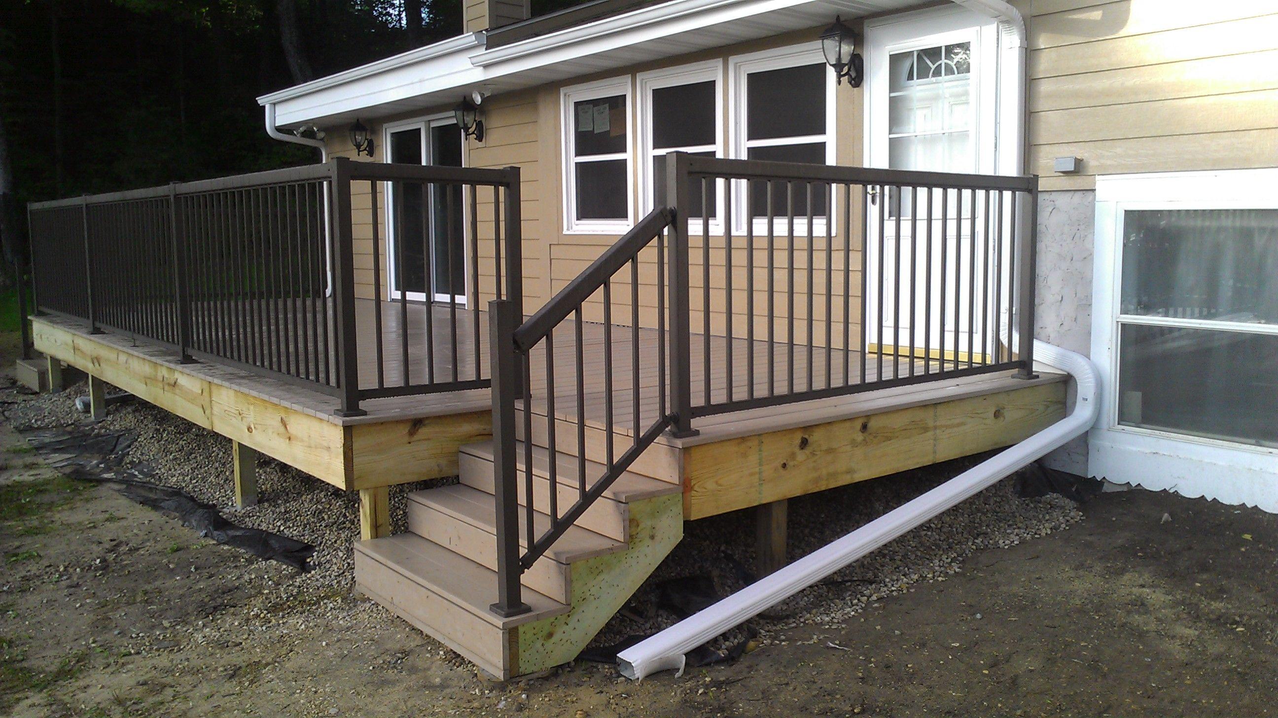 Best Deck Railing Remodel The Backyard With Regal Railing 640 x 480