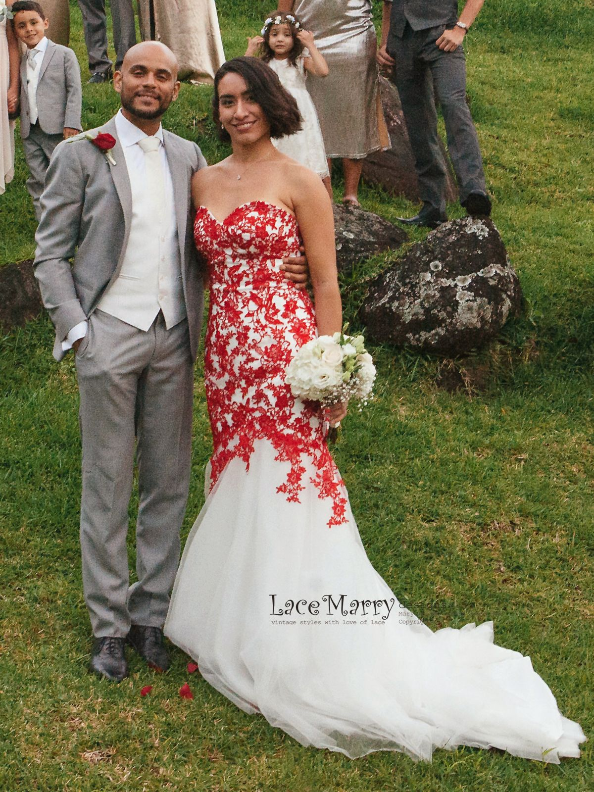 Red Lace Wedding Dress With Ivory Tulle Strapless Sweetheart Etsy Red Lace Wedding Dress White Bridal Gown Wedding Dresses [ 1600 x 1200 Pixel ]
