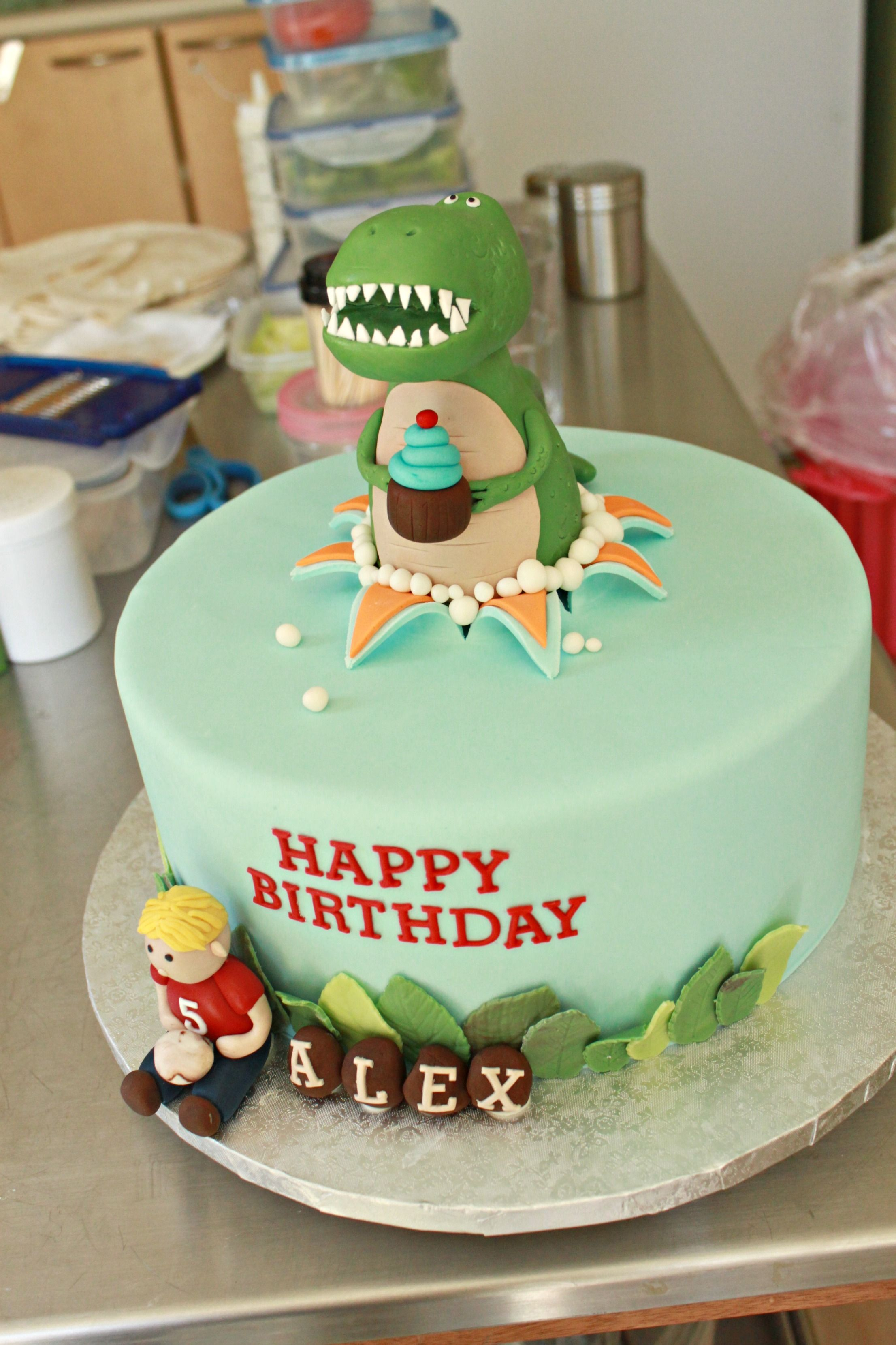Dinosaur Cake by Sweet Cake Boutique
