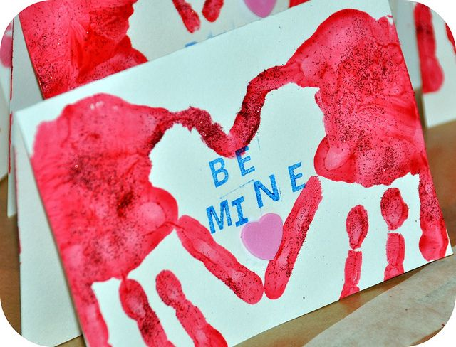 Valentine cardwould be cute for students to make for their