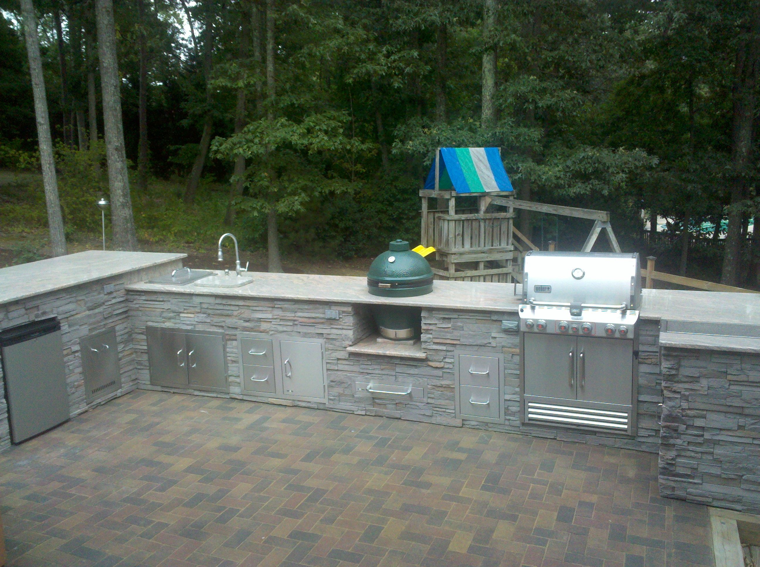 Outdoor Kitchen White Plains Md Built In Grill Outdoor Sink Ice Box Storage Compartments Refriger Built In Grill Outdoor Kitchen Outdoor Kitchen Design