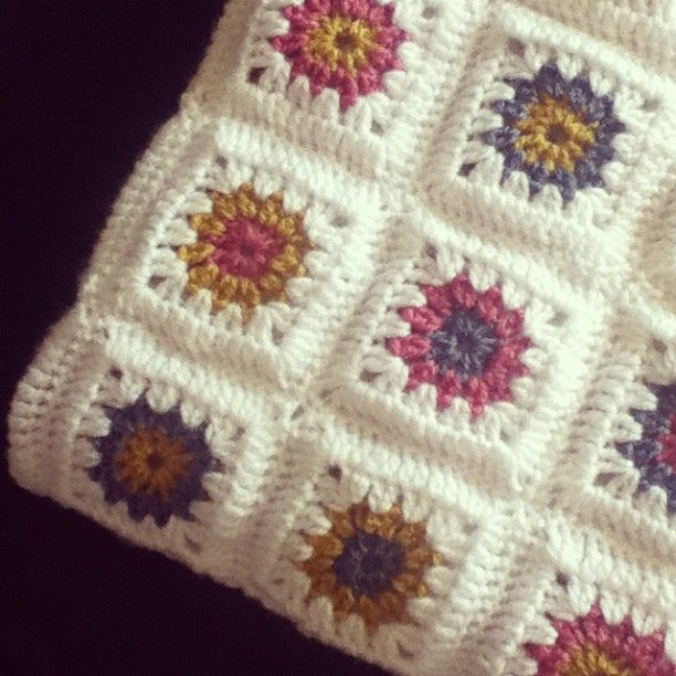 Little Acorns: Granny square blanket - pattern, crochet | Crochet or ...