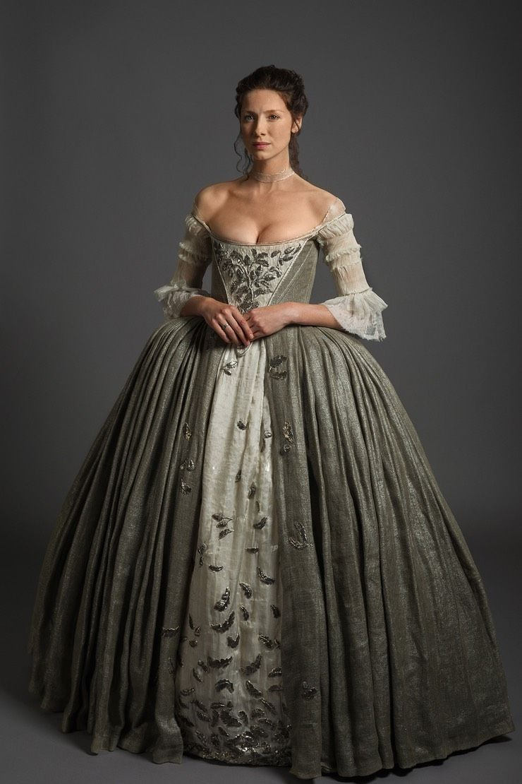 Caitriona Balfe Hated This \'Outlander\' Costume