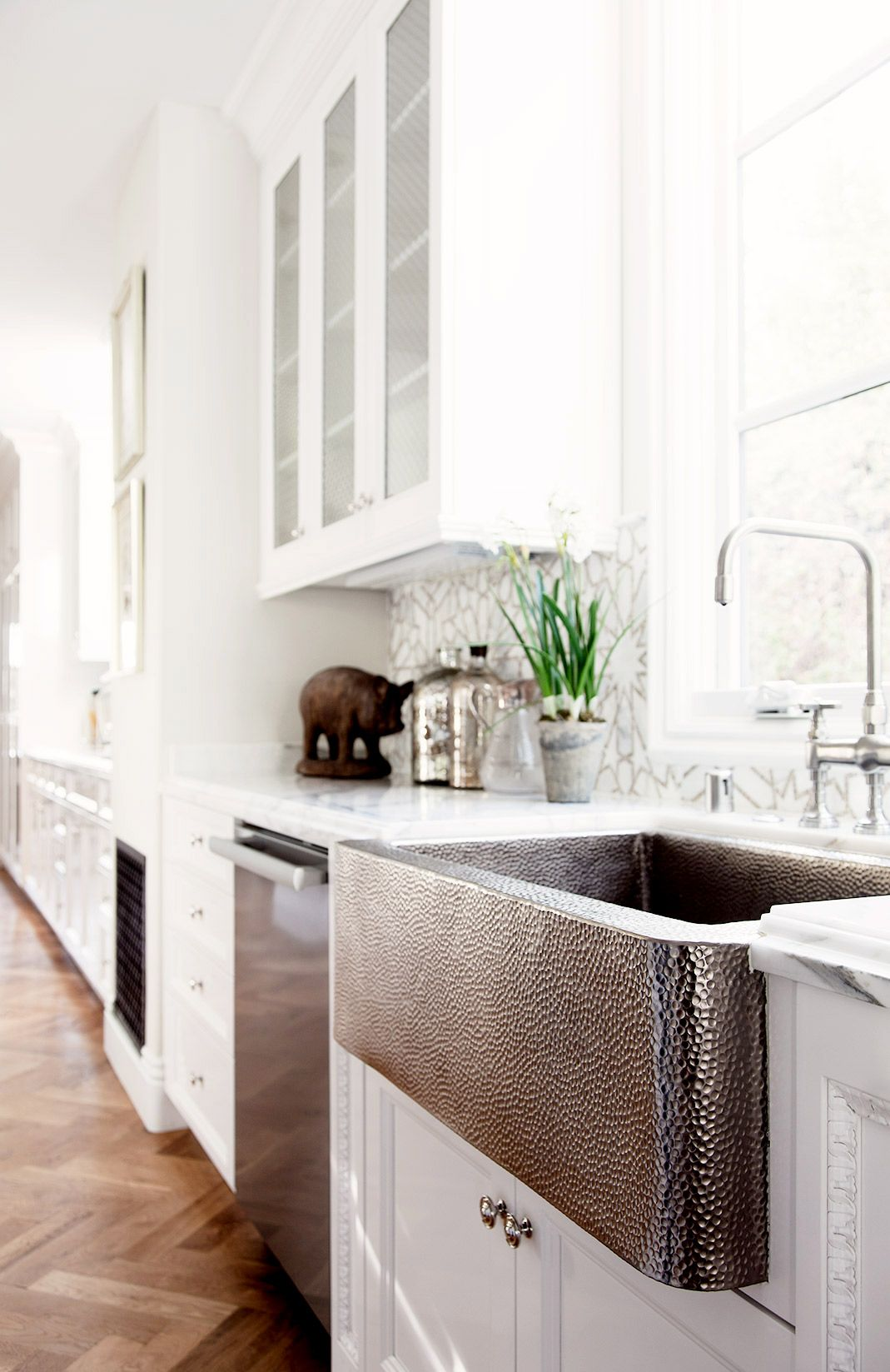 11 of the Most Worthwhile Investments for Your Home | Dishwashers ... for Stainless Steel Farmhouse Sink White Kitchen  45gtk