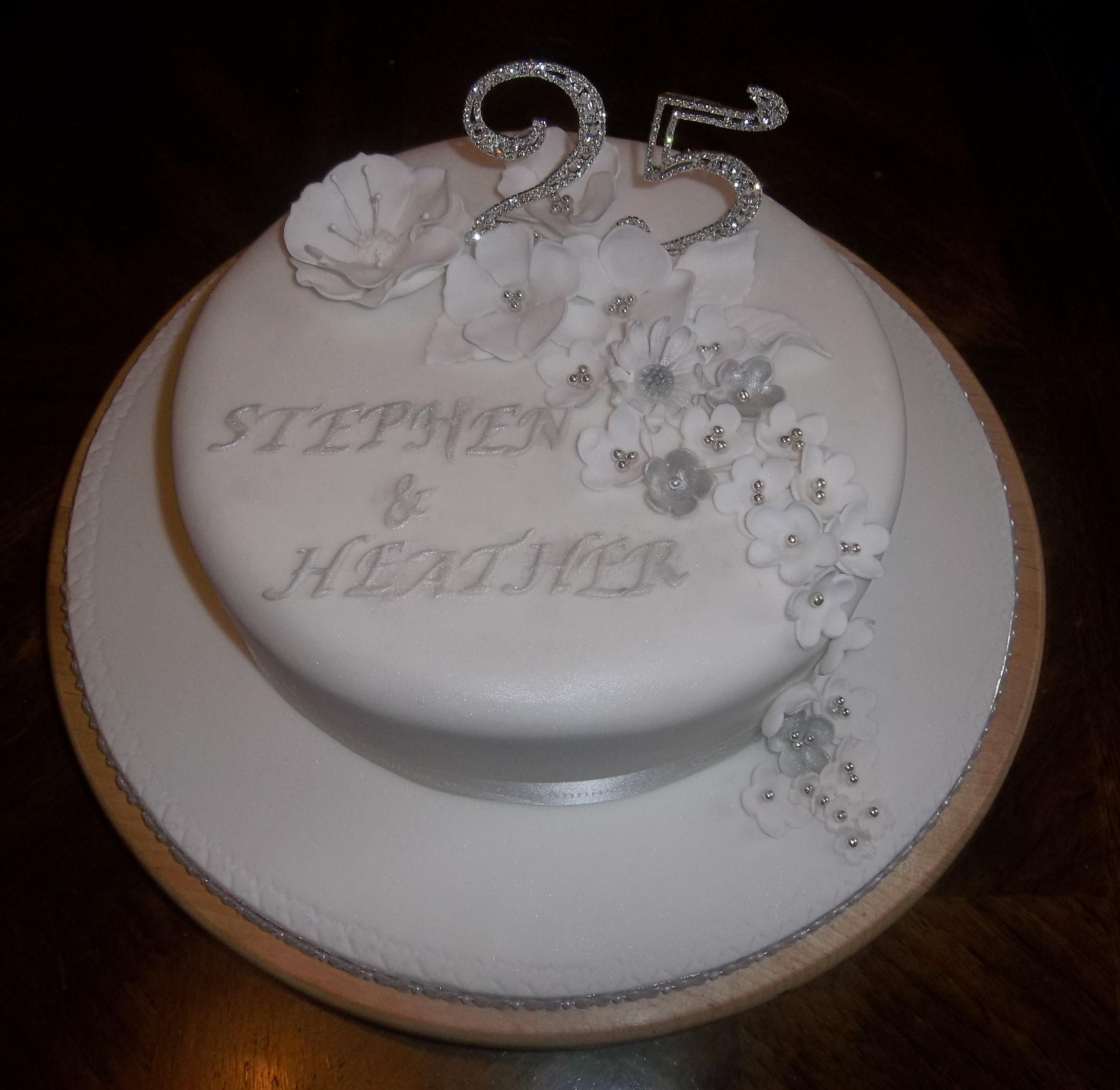 Silver Wedding Silver Wedding Cake For My Friends I Wanted To