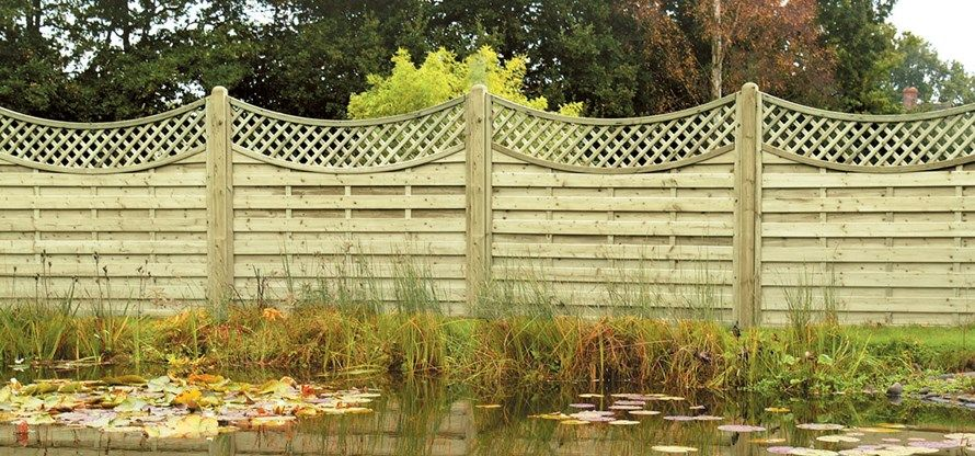 Lattice trellis topped concave fence panels Fencing