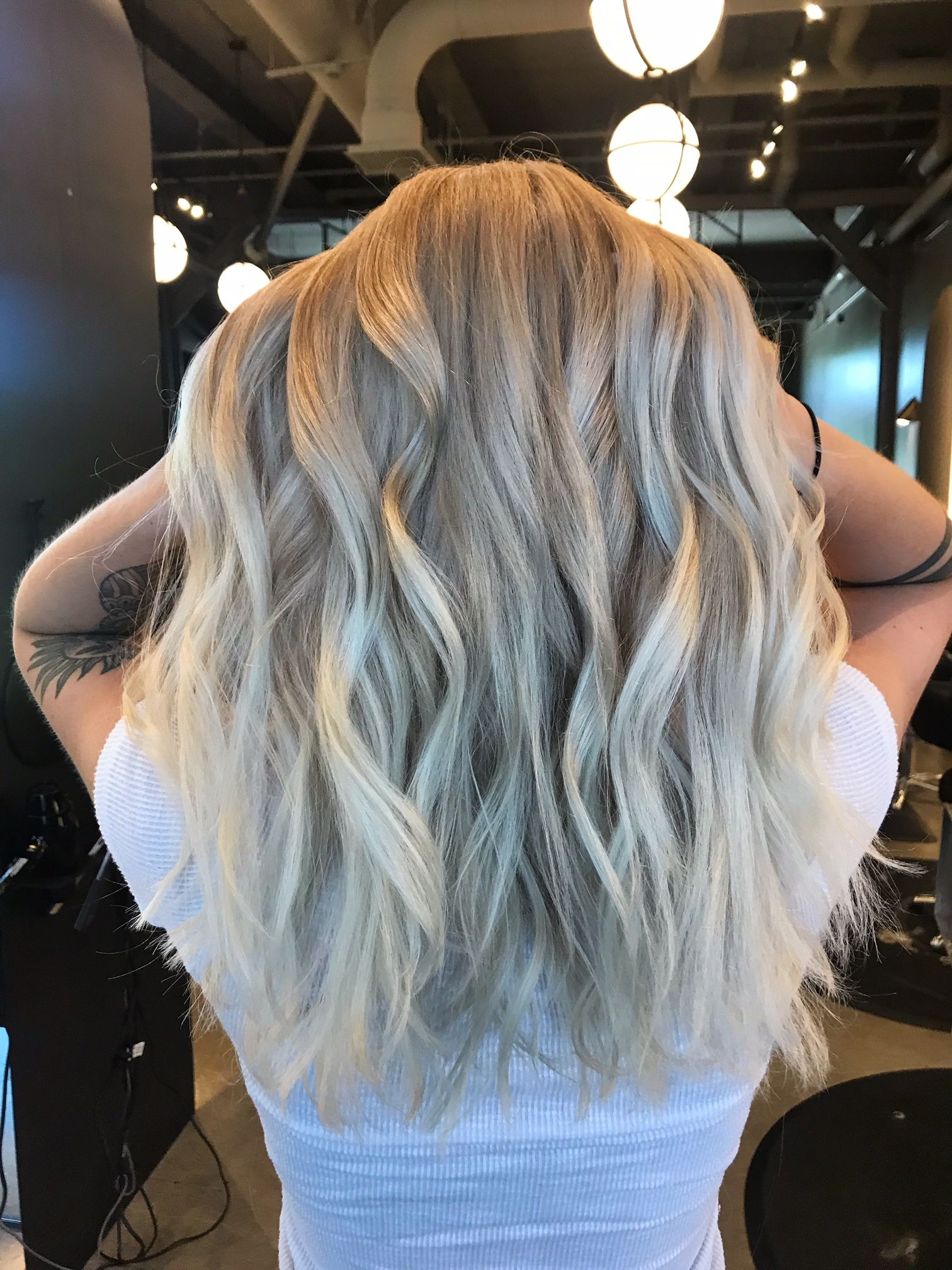 Do You Dream In Blonde If So Call Us Now And Let Our Color Specialists Help You To Achieve Your Hairgoals Designer Blond Best Hair Salon Carmel Hair Hair