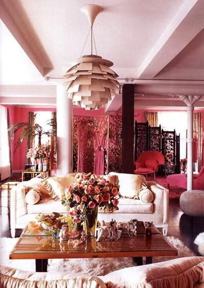 Betsey johnson   pink apartment in new york eclectic look home design interior also interiors rh pinterest