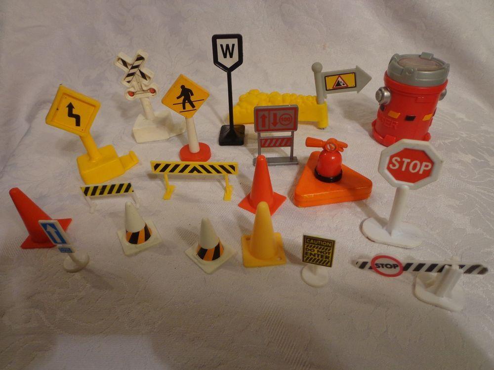 Plastic Construction Signs Cones Railroad Crossing Model