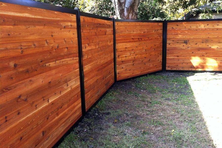 Build a wood fence with metal posts house fence design