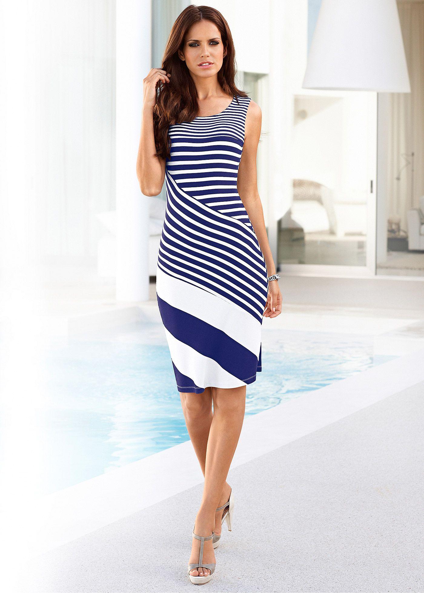 a1447bc940 Vestido de malha com listras Vestido de malha azul-escuro branco listrado  encomendar agora na loja on-line bonprix.de R  119