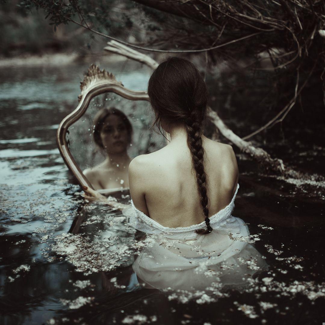 Mirrors - Model. Chiara Bartolucci