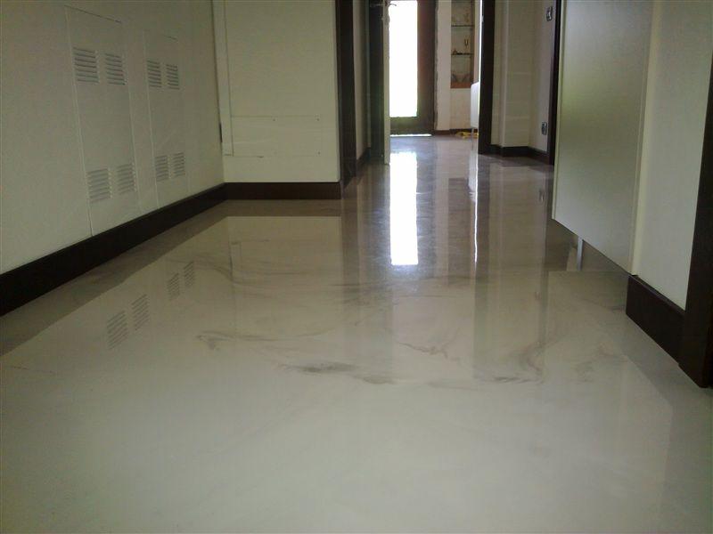 Pavimenti continui in resina con finitura ad alto spessore realizzata per colata ad effetto - Pavimenti decorativi in resina ...