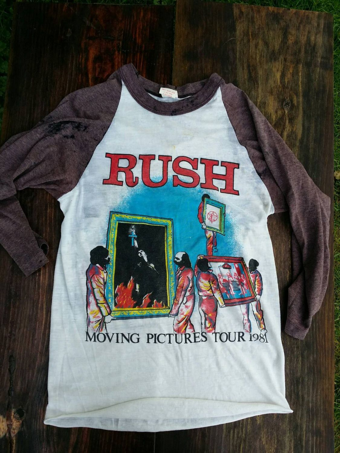 MOVING PICTURES TOUR 1981 T SHIRT ROCK RUSH OFFICIAL LICENSED