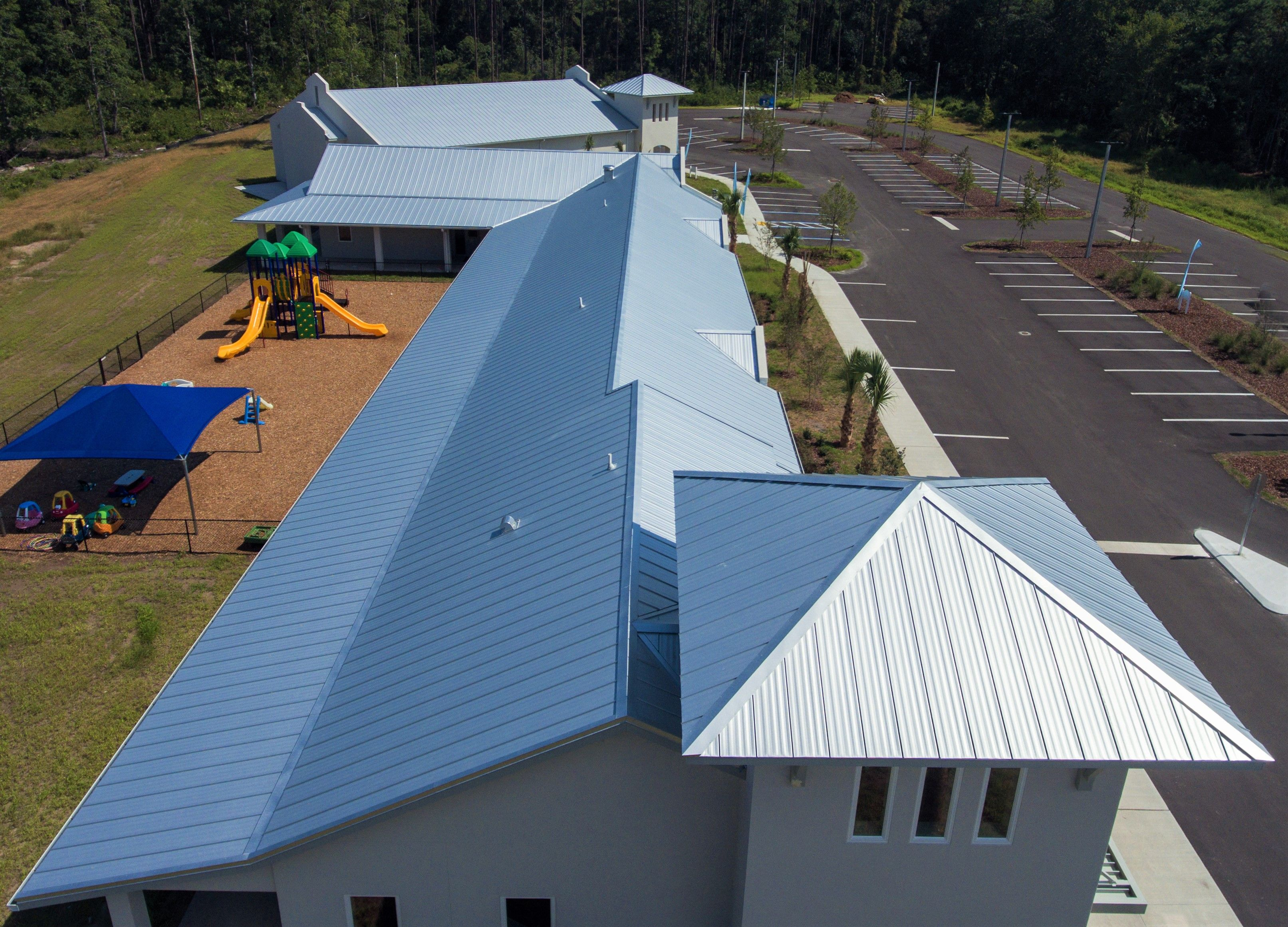 Commercial Roof Replacement Jacksonville Fl Weatherlock Roofing Contractor In 2020 Commercial Roofing Roofing Contractors Roofing