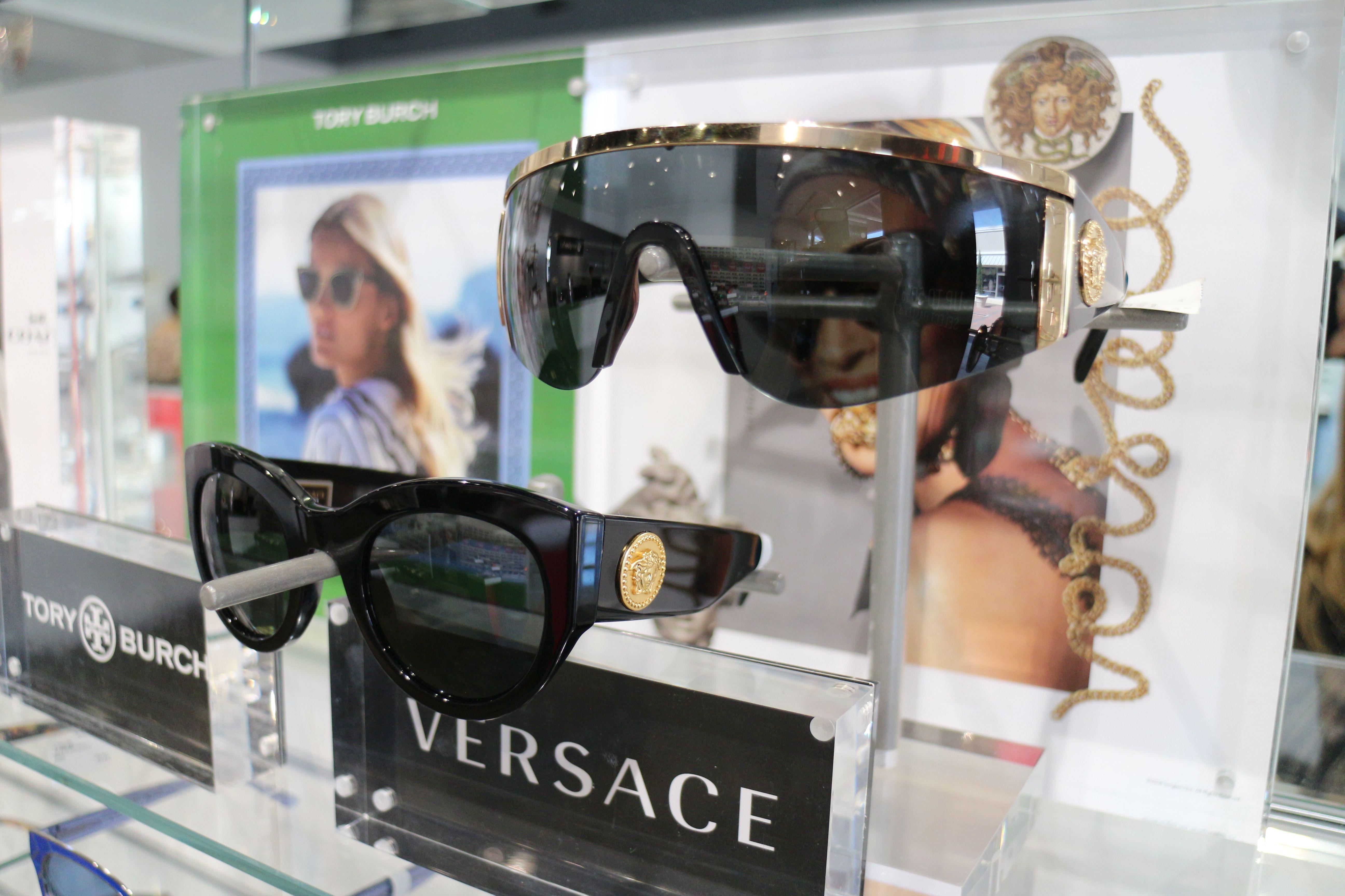 Versace Women s Shades b30800fff