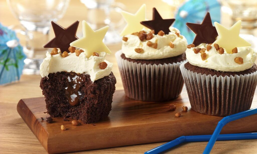 Christmas Coffee Cup Cake - Amazon Com Coconut Cupcake ...