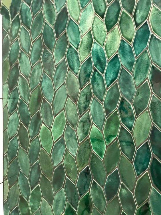 Du vert en crédence , laissez parler la géométrie #artdecointerior