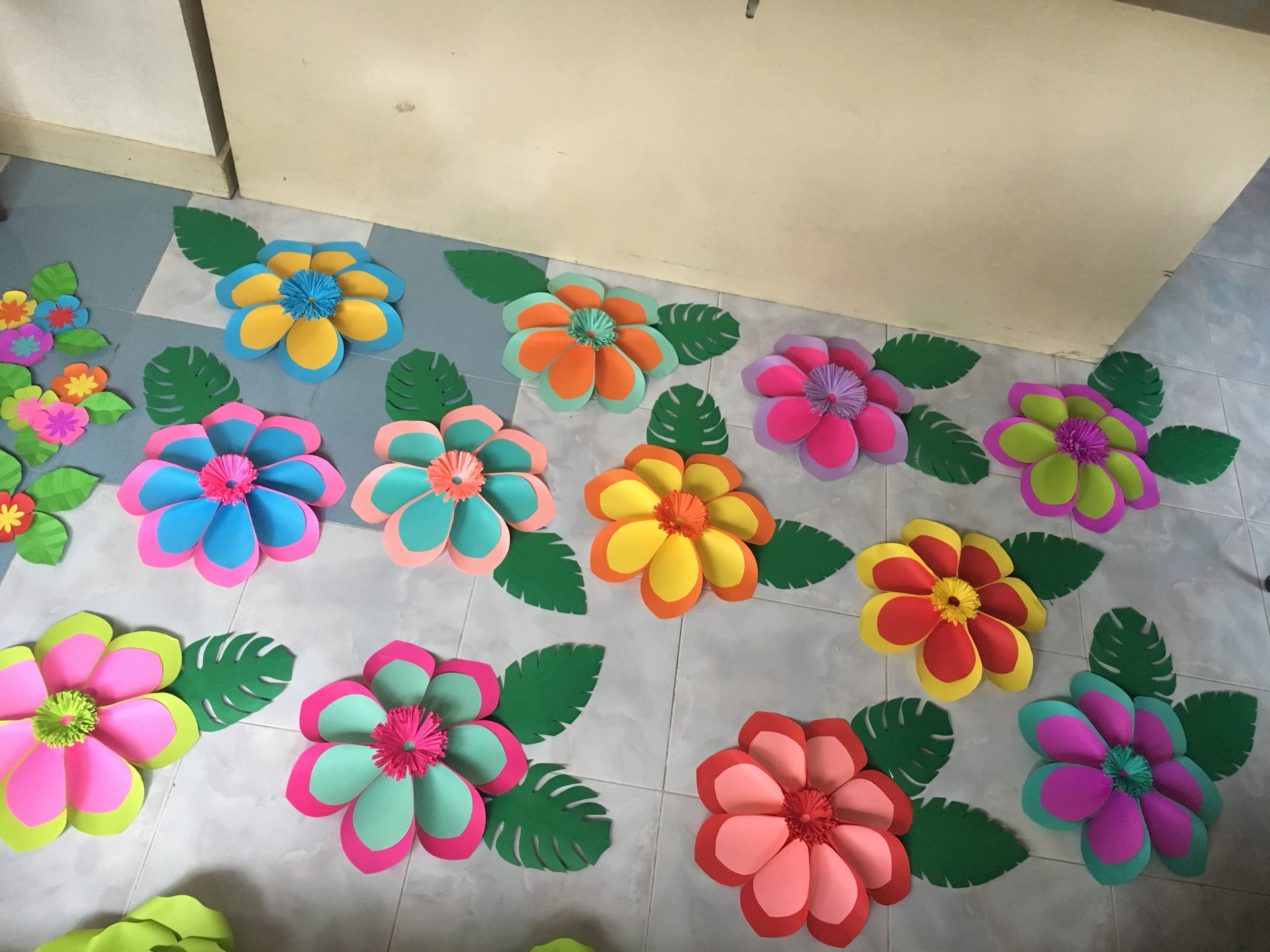 Hawaiian paper flower by gellediy hand made paper hawaiian paper flower by gellediy hand made izmirmasajfo Gallery