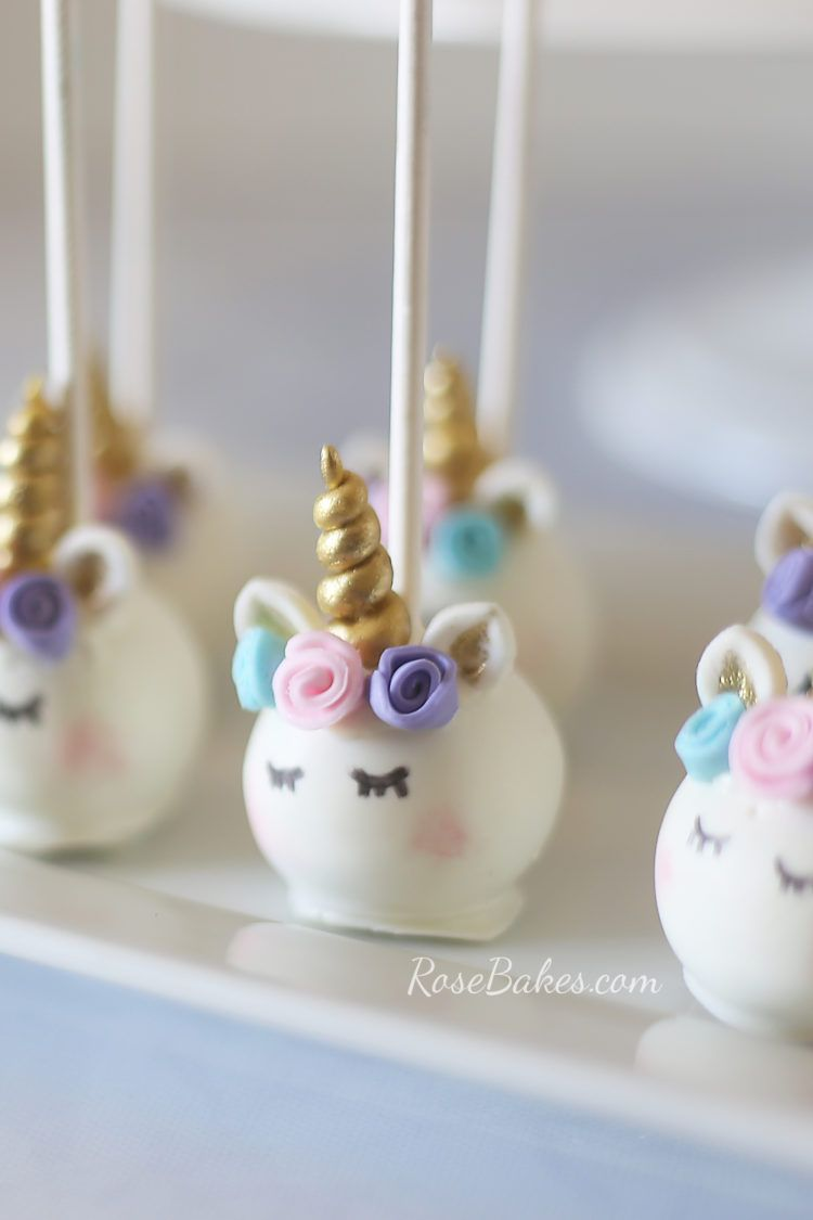 pastel watercolors unicorn cake and unicorn cake pops einh rner einhorn party und backen. Black Bedroom Furniture Sets. Home Design Ideas