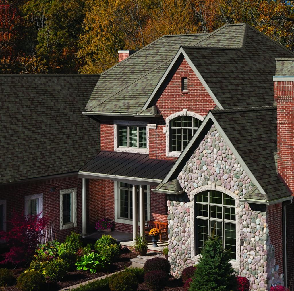 Best A New Roof Can Change The Look Of Your Home In A Flash 400 x 300
