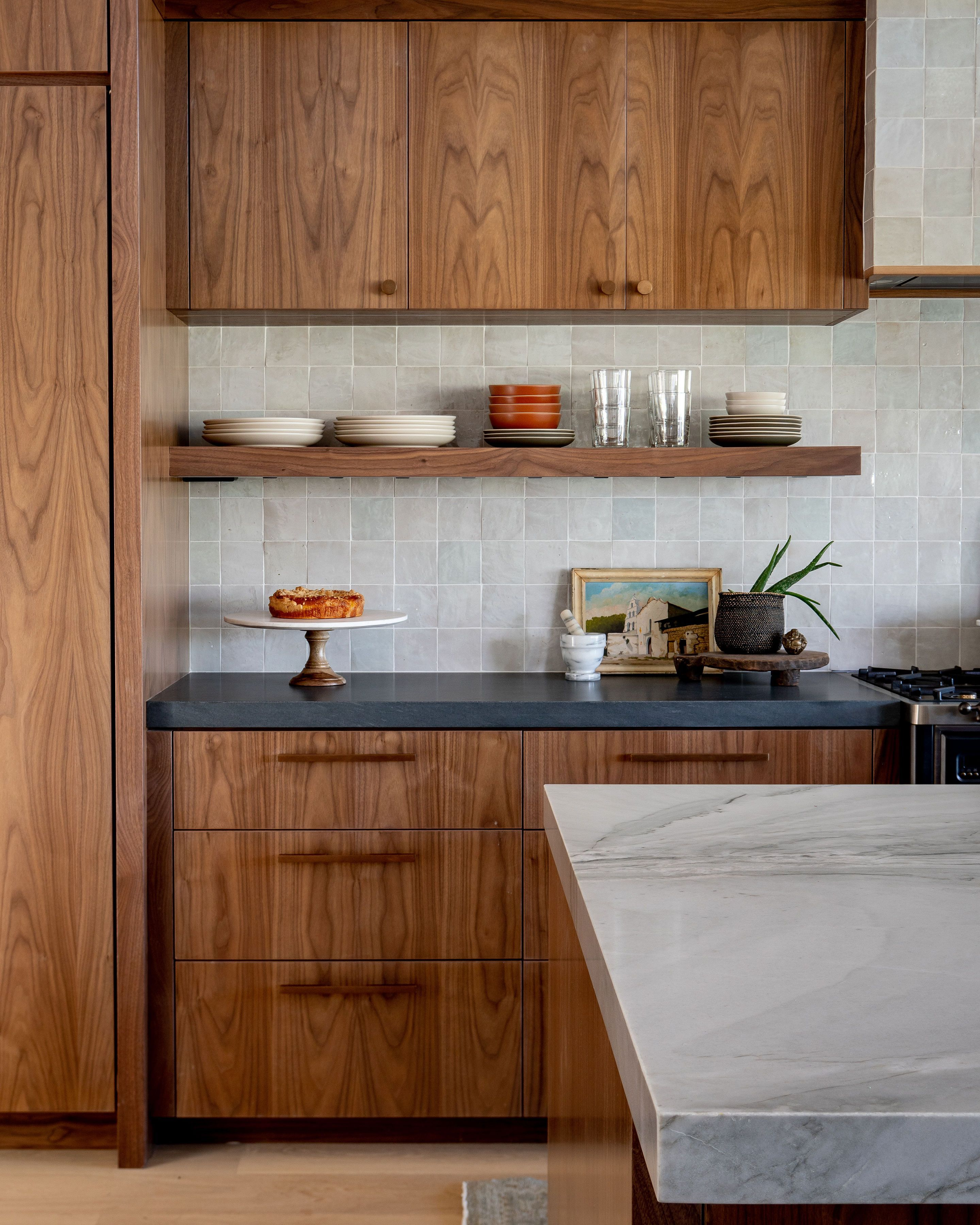 What A Genius Way To Add Height To Short Cabinets Kitchen Cabinets To Ceiling Upper Kitchen Cabinets Above Kitchen Cabinets