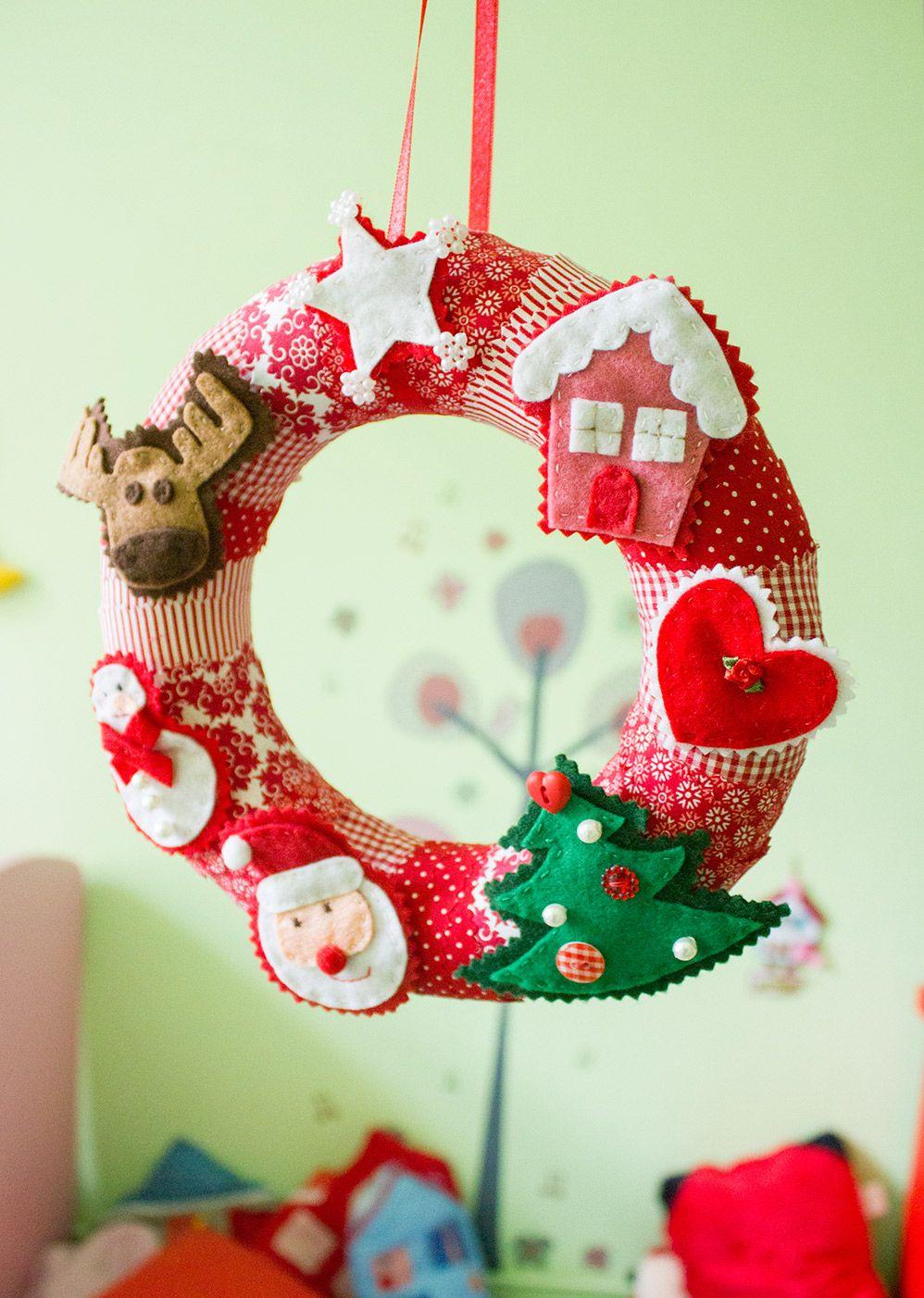 adventskranz mit filzfiguren jahreszeitliche deko etc weihnachten n hen weihnachten und advent. Black Bedroom Furniture Sets. Home Design Ideas