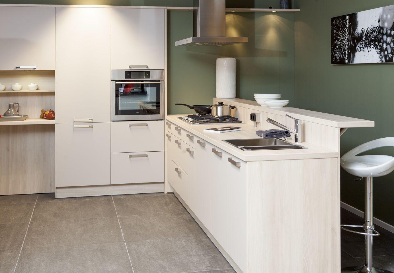 Bar In Keuken : Keuken u vorm luxe bar keuken top u keuken met bar nl de
