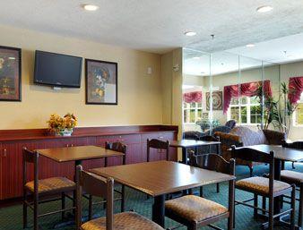Breakfast Area Microtel Inn And Suites Brandon 1130 Oak Street Ms