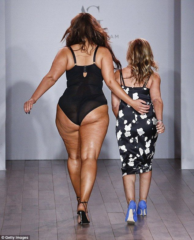 ashley graham hits the runway at nyfw to model plus-size lingerie