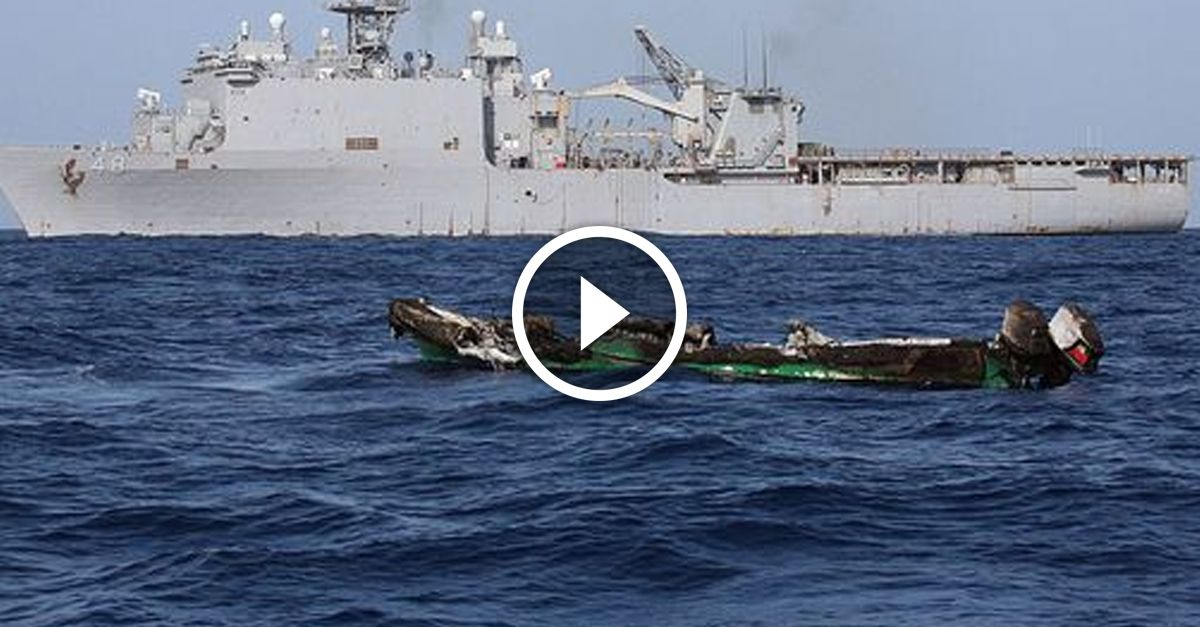 Somali pirates mistakenly attack US Navy vessel, they DON'T live to regret it - http://zogdaily.com/somali-pirates-mistakenly-attack-us-navy-vessel-dont-live-regret/