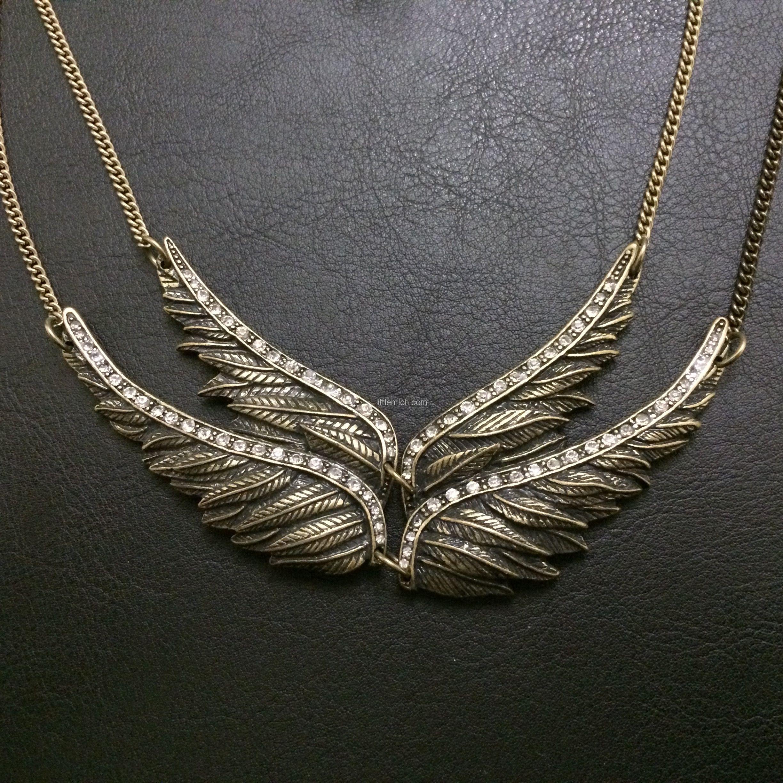 http://littlemich.com/wp-content/uploads/2014/11/2014-11-02-21.34.57-1024x1024.jpg Juego Collar y Aretes Alas de Angel  #Joyería #Bisutería - http://littlemich.com/producto/juego-collar-y-aretes-alas-de-angel/
