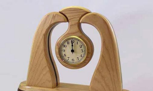Handmade Decorative Wooden Desk Clock.