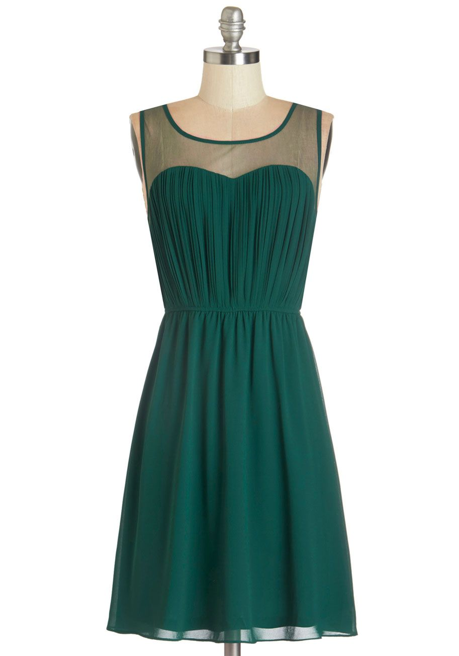 Exquisite on the Equinox Dress in Emerald | Playing \'Dress\' Up ...