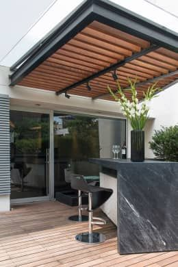 Departamento Hg Terrazas De Estilo Por Hansi Arquitectura Diseno De Terraza Techo De Patio Diseno De Patio